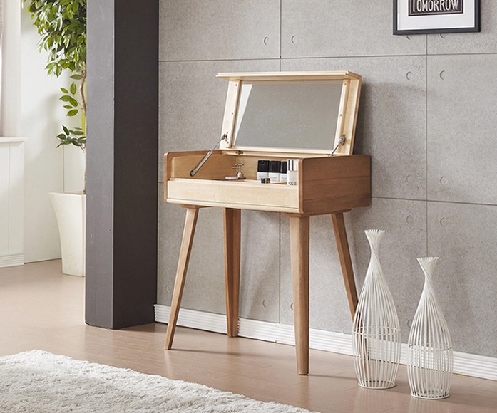 EDGE DRESSING TABLE